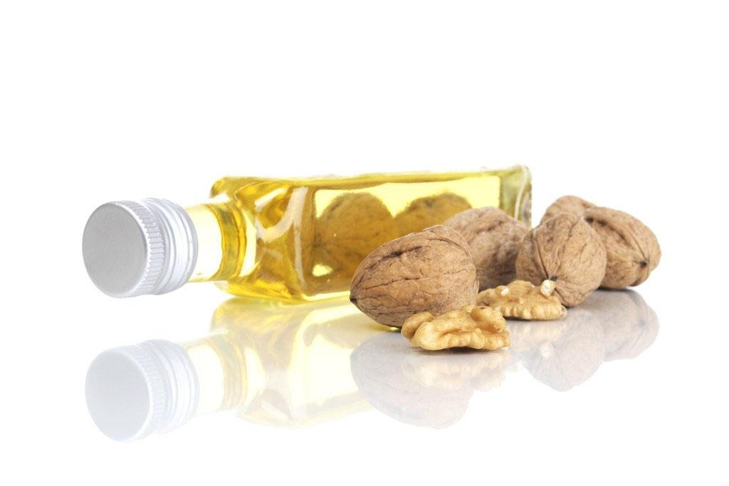 核桃油的美容作用_核桃油有滋润皮肤,美容养颜的作用    这是由于核桃油富含人体