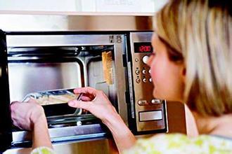 专家:食用过多微波炉加热食品可能会致癌